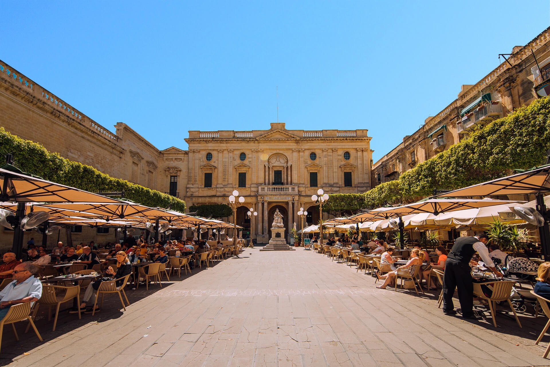 Caffe Cordina and National Library, Valletta